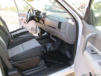 2008 Chevrolet Silverado 2500 LT Extended Quad Cab 4x4 - Photo 14 - Brighton, CO 80603