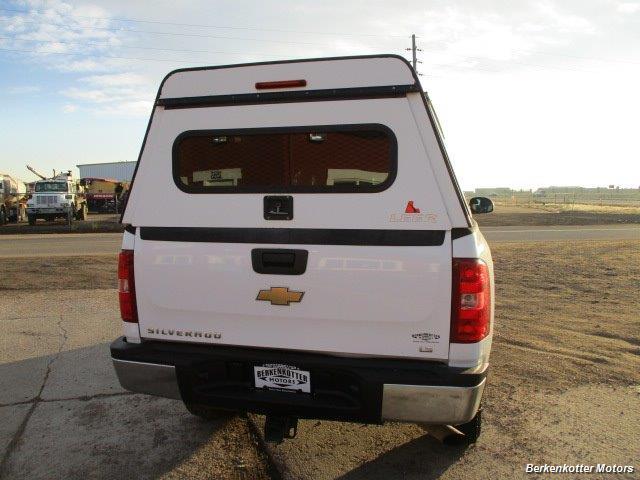 2008 Chevrolet Silverado 2500 LT Extended Quad Cab 4x4 - Photo 10 - Brighton, CO 80603