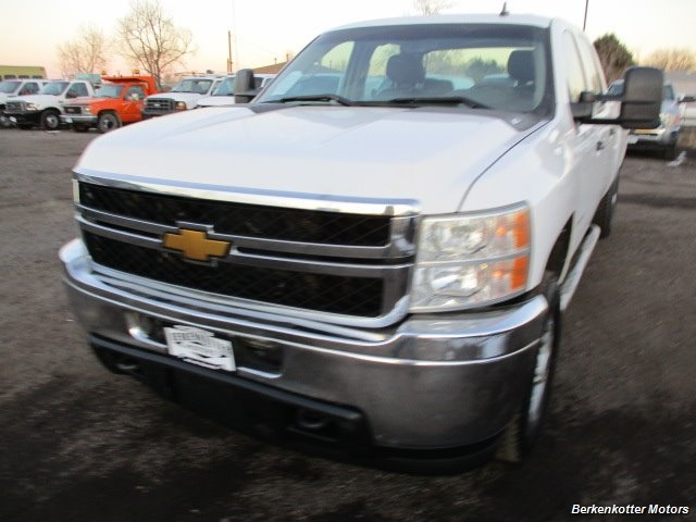 2014 Chevrolet Silverado 3500 Crew Cab 4x4 - Photo 3 - Brighton, CO 80603