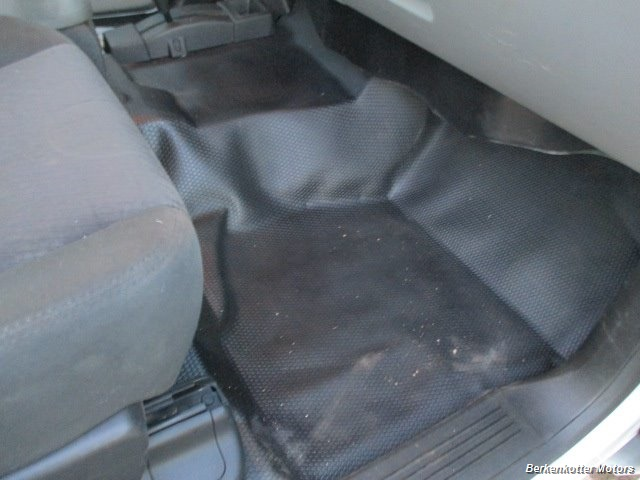 2014 Chevrolet Silverado 3500 Crew Cab 4x4 - Photo 15 - Brighton, CO 80603