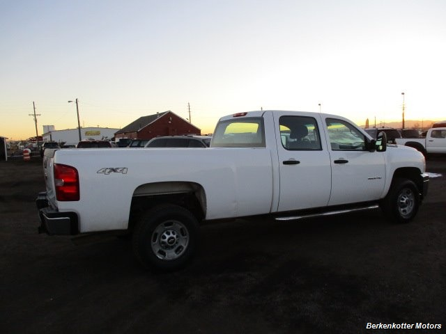 2014 Chevrolet Silverado 3500 Crew Cab 4x4 - Photo 9 - Brighton, CO 80603