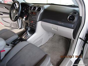 2008 Saturn Vue XE-V6 AWD - Photo 18 - Brighton, CO 80603