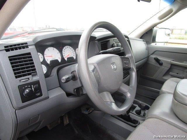 2007 Dodge Ram 3500 ST Quad Cab Utility Box 4x4 - Photo 32 - Parker, CO 80134