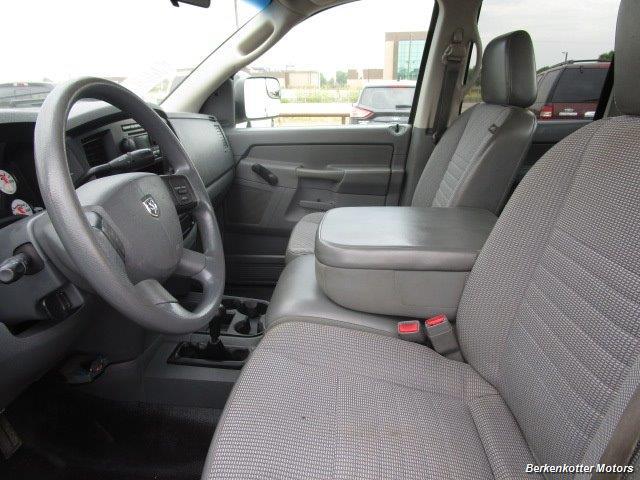 2007 Dodge Ram 3500 ST Quad Cab Utility Box 4x4 - Photo 33 - Parker, CO 80134