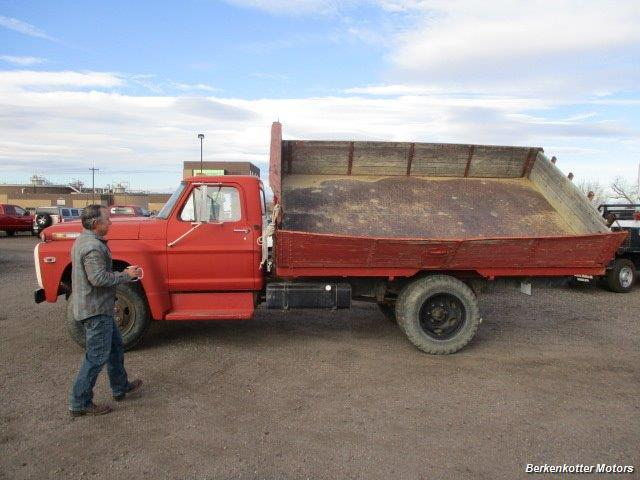 1970 Ford S600 Regular Cab Flatbed DUMP - Photo 4 - Brighton, CO 80603