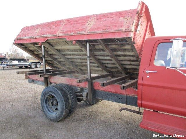 1970 Ford S600 Regular Cab Flatbed DUMP - Photo 9 - Brighton, CO 80603