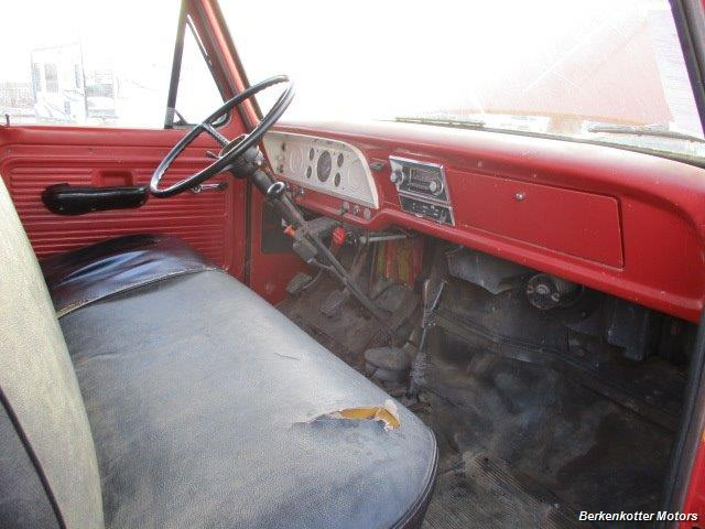 1970 Ford S600 Regular Cab Flatbed DUMP - Photo 17 - Brighton, CO 80603