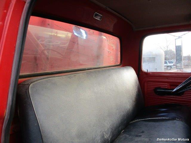1970 Ford S600 Regular Cab Flatbed DUMP - Photo 19 - Brighton, CO 80603