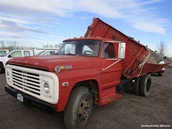 1970 Ford S600 Regular Cab Flatbed DUMP - Photo 3 - Brighton, CO 80603