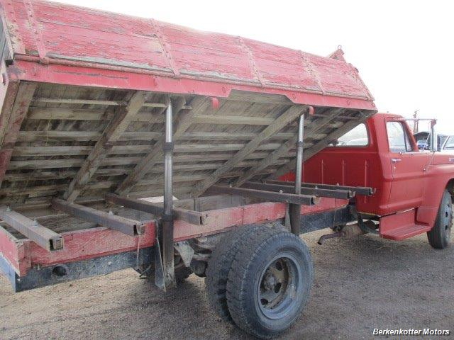 1970 Ford S600 Regular Cab Flatbed DUMP - Photo 8 - Brighton, CO 80603