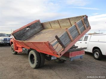 1970 Ford S600 Regular Cab Flatbed DUMP - Photo 5 - Brighton, CO 80603