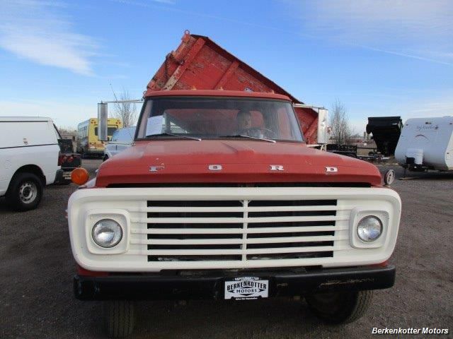 1970 Ford S600 Regular Cab Flatbed DUMP - Photo 2 - Brighton, CO 80603