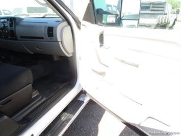 2013 Chevrolet Silverado 2500 Extended Cab 4x4 - Photo 17 - Brighton, CO 80603