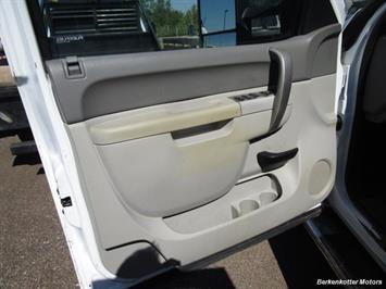 2013 Chevrolet Silverado 2500 Extended Cab 4x4 - Photo 33 - Brighton, CO 80603