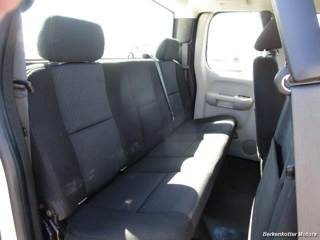 2013 Chevrolet Silverado 2500 Extended Cab 4x4 - Photo 28 - Brighton, CO 80603