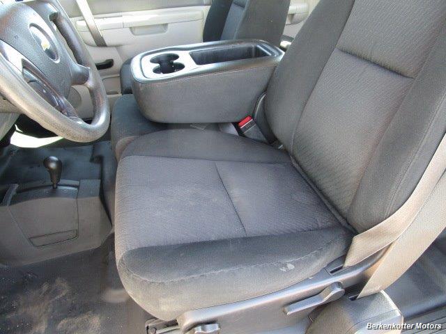 2013 Chevrolet Silverado 2500 Extended Cab 4x4 - Photo 39 - Brighton, CO 80603