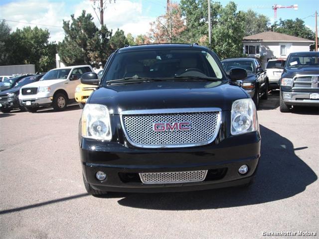 2007 GMC Yukon XL Denali AWD - Photo 2 - Brighton, CO 80603