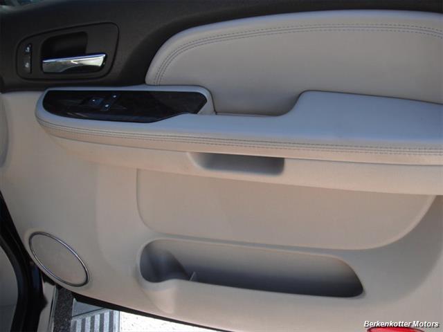 2007 GMC Yukon XL Denali AWD - Photo 23 - Brighton, CO 80603