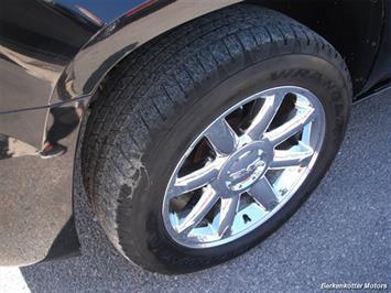 2007 GMC Yukon XL Denali AWD - Photo 4 - Brighton, CO 80603