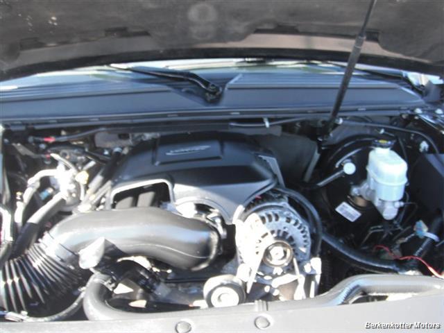 2007 GMC Yukon XL Denali AWD - Photo 26 - Brighton, CO 80603
