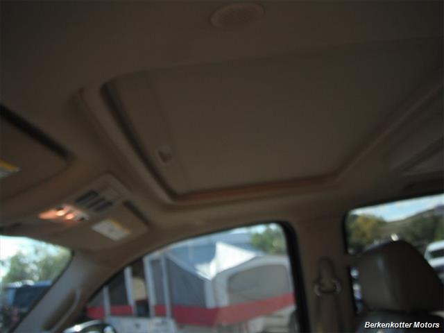 2007 GMC Yukon XL Denali AWD - Photo 16 - Brighton, CO 80603