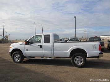 2011 Ford F-350 Super Duty XL Super Cab 4x4 - Photo 7 - Brighton, CO 80603