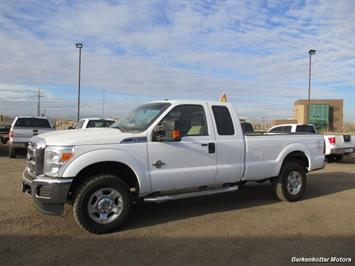 2011 Ford F-350 Super Duty XL Super Cab 4x4 - Photo 8 - Brighton, CO 80603