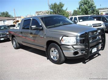 2007 Dodge Ram 2500 SLT Mega Cab 4x4 - Photo 13 - Brighton, CO 80603