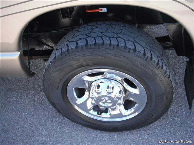 2007 Dodge Ram 2500 SLT Mega Cab 4x4 - Photo 6 - Brighton, CO 80603