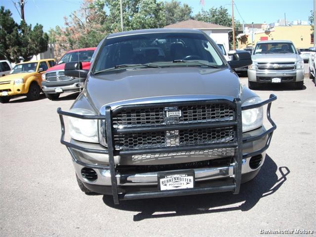 2007 Dodge Ram 2500 SLT Mega Cab 4x4 - Photo 2 - Brighton, CO 80603