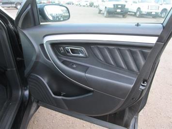 2014 Ford Taurus SEL AWD - Photo 10 - Castle Rock, CO 80104