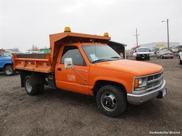 1997 Chevrolet 3500 DUMP Truck