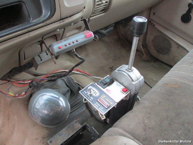 1997 Chevrolet 3500 DUMP - Photo 16 - Brighton, CO 80603