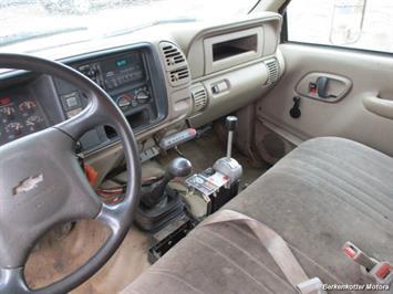 1997 Chevrolet 3500 DUMP - Photo 15 - Brighton, CO 80603