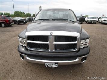 2005 Dodge Ram 1500 SLT Quad Cab 4x4 - Photo 3 - Brighton, CO 80603