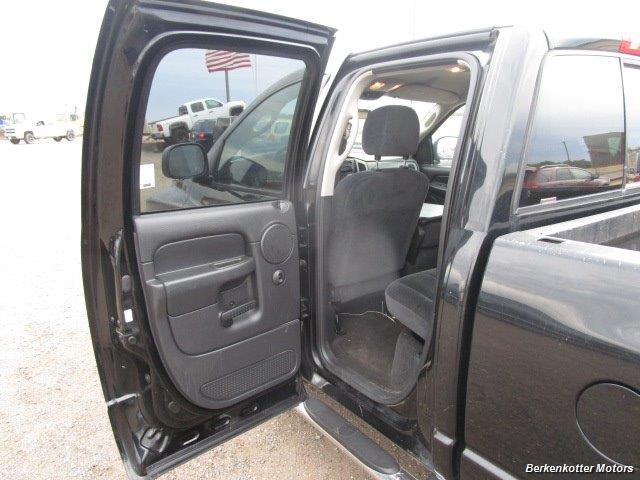 2005 Dodge Ram 1500 SLT Quad Cab 4x4 - Photo 21 - Brighton, CO 80603