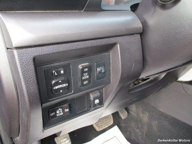 2014 Toyota Tundra SR5 Crew MAX 4x4 - Photo 29 - Brighton, CO 80603