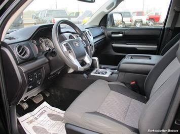 2014 Toyota Tundra SR5 Crew MAX 4x4 - Photo 28 - Brighton, CO 80603
