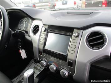2014 Toyota Tundra SR5 Crew MAX 4x4 - Photo 19 - Brighton, CO 80603