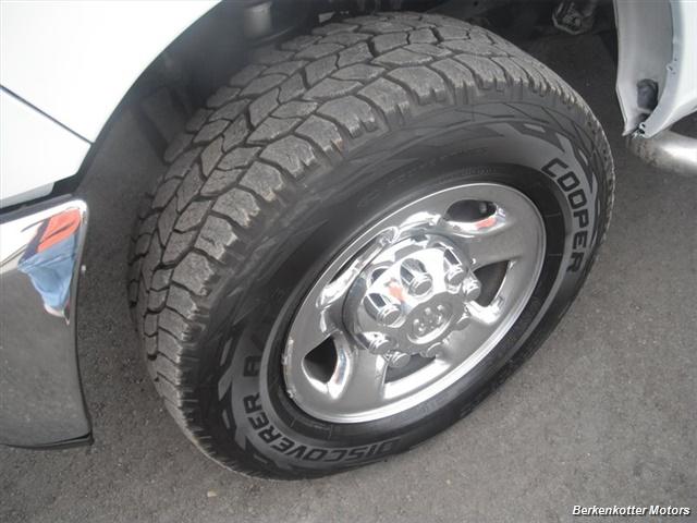 2010 Dodge Ram 2500 SLT Crew Cab 4x4 - Photo 4 - Brighton, CO 80603
