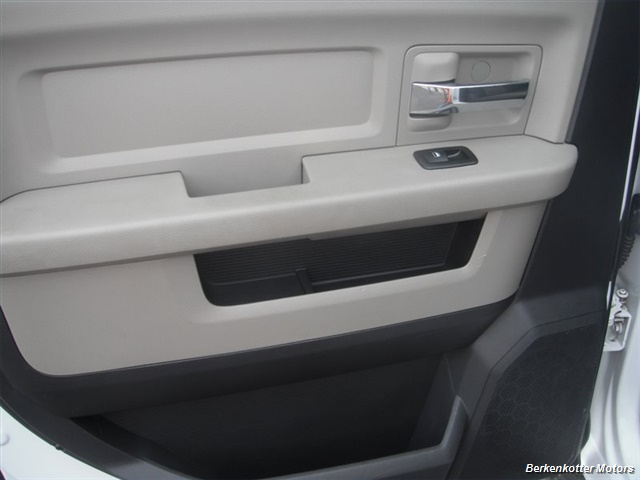 2010 Dodge Ram 2500 SLT Crew Cab 4x4 - Photo 17 - Brighton, CO 80603