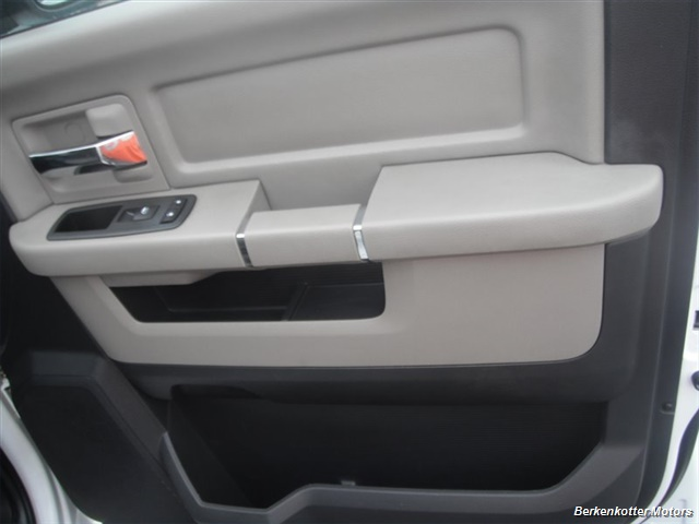 2010 Dodge Ram 2500 SLT Crew Cab 4x4 - Photo 21 - Brighton, CO 80603