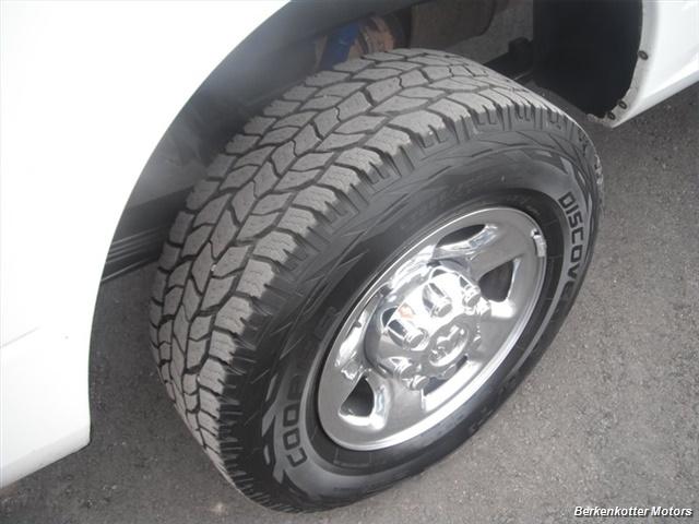 2010 Dodge Ram 2500 SLT Crew Cab 4x4 - Photo 10 - Brighton, CO 80603