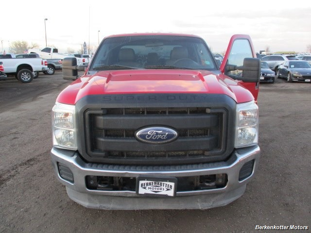 2011 Ford F-250 Super Duty XL Crew Cab - Photo 2 - Brighton, CO 80603
