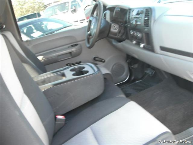 2007 Chevrolet Silverado 1500 Extended Cab 4x4 - Photo 22 - Brighton, CO 80603