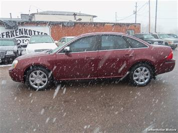 2007 Ford Five Hundred Limited - Photo 5 - Castle Rock, CO 80104