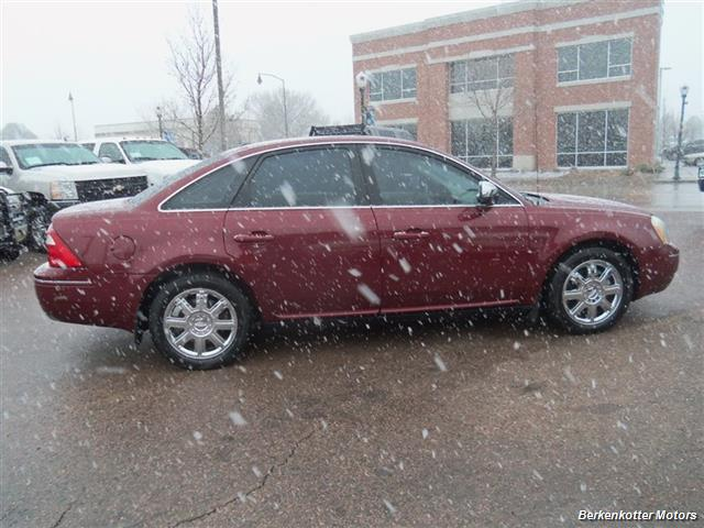 2007 Ford Five Hundred Limited - Photo 11 - Castle Rock, CO 80104