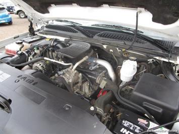 2007 Chevrolet Silverado 3500 Classic LS Crew Cab Utility Box 4x4 - Photo 33 - Castle Rock, CO 80104