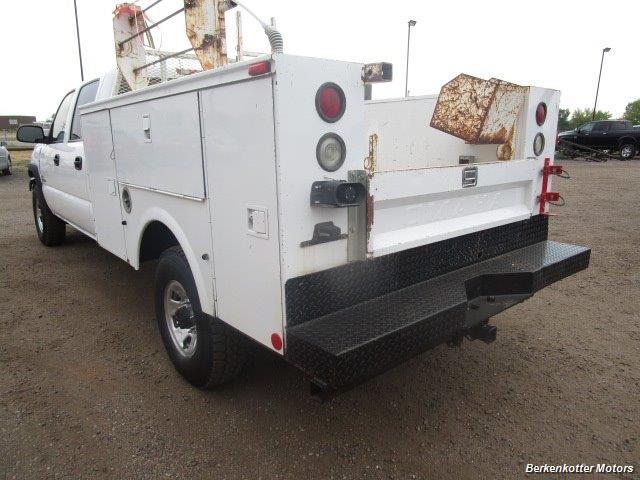 2007 Chevrolet Silverado 3500 Classic LS Crew Cab Utility Box 4x4 - Photo 40 - Castle Rock, CO 80104