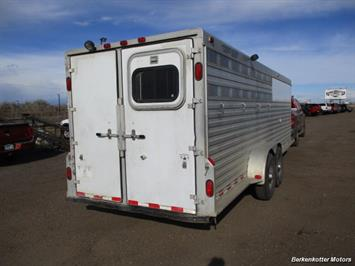 2000 Cherokee Trail Chief Plus 4-horse - Photo 4 - Brighton, CO 80603